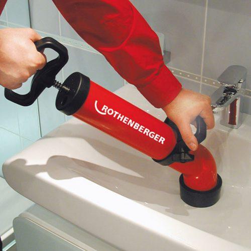 Pompa ssąco tłoczącza do czyszczenia rur Rothenberger